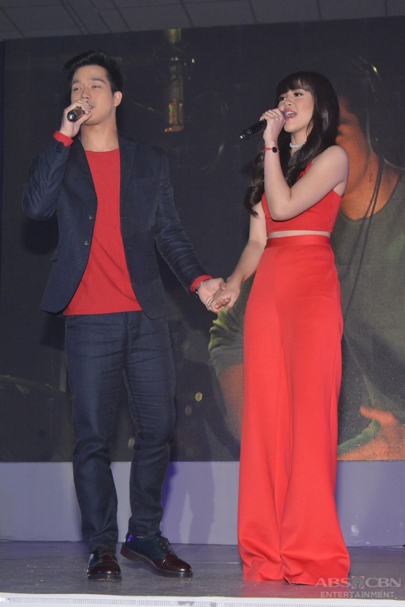 PHOTOS: Born For You's Elmo and Janella spread kilig vibes at the Gabi Ng Pangarap: The ABS-CBN Trade Event 2016
